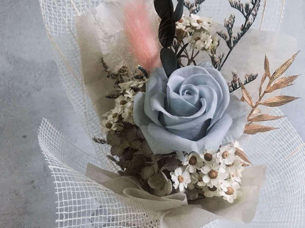 情人節花束推薦 - 絲綢灰玫瑰 - HUE 詼